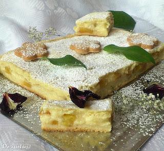 Ciasto z jabłkami i kremem karpatkowym