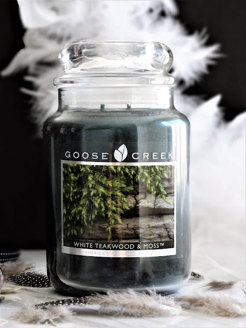 avis White Teakwood & Moss Goose Creek, white teakwood and moss, white teakwood and moss review, white teakwood and moss candle review, white teakwood and moss goose creek candle, avis bougie goose creek, goose creek candle review, blog bougie