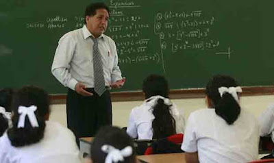Bachilleres reemplazarán a profesores titulados por bajos salarios y falta de profesionales
