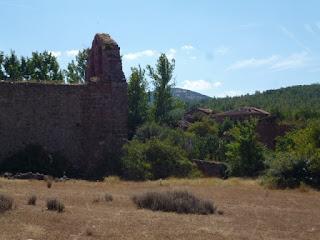Pueblo abandonado de Manzanares