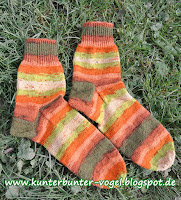 http://kunterbunter-vogel.blogspot.de/2016/11/herbstliche-socken.html