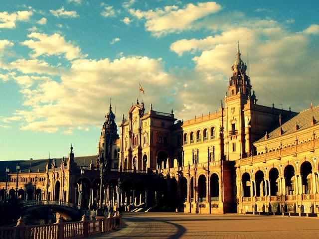 Detalhes da Plaza de España