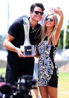 Milos with his girlfriend Danielle taking a selfie together