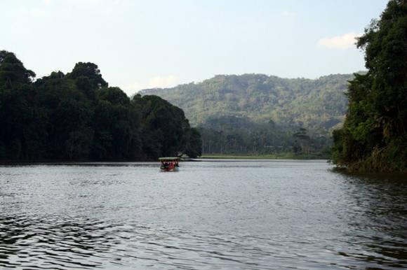 Air Situ Lengkong Konon Berasal dari Tetesan Air Zamzam (Foto By Yaddy Af/Fotokita.net)