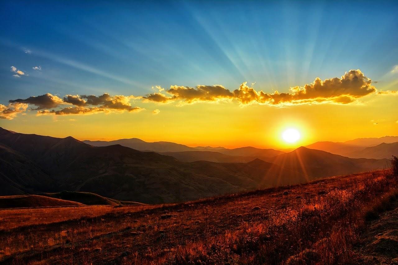 صورة الغروب على قمم الجبال الصخرية - اجمل واحلى صور الطبيعة الجميلة والخلابة في العالم