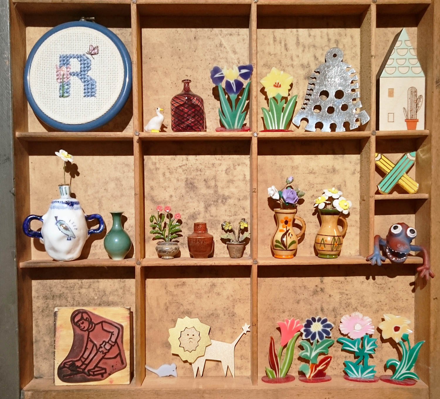 I Am Acrylic's collection of inspiring objects, including: tiny vases, flowers, printing stamps, embroidery, little creatures and more!