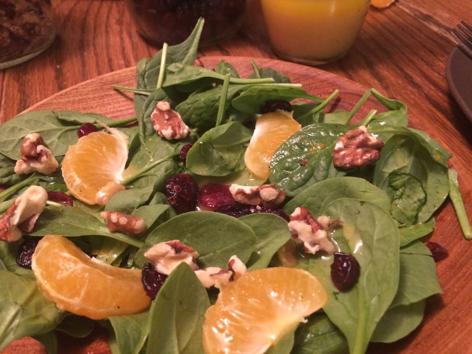catholic cuisine st clement 39 s honey clementine vinaigrette salad. Black Bedroom Furniture Sets. Home Design Ideas