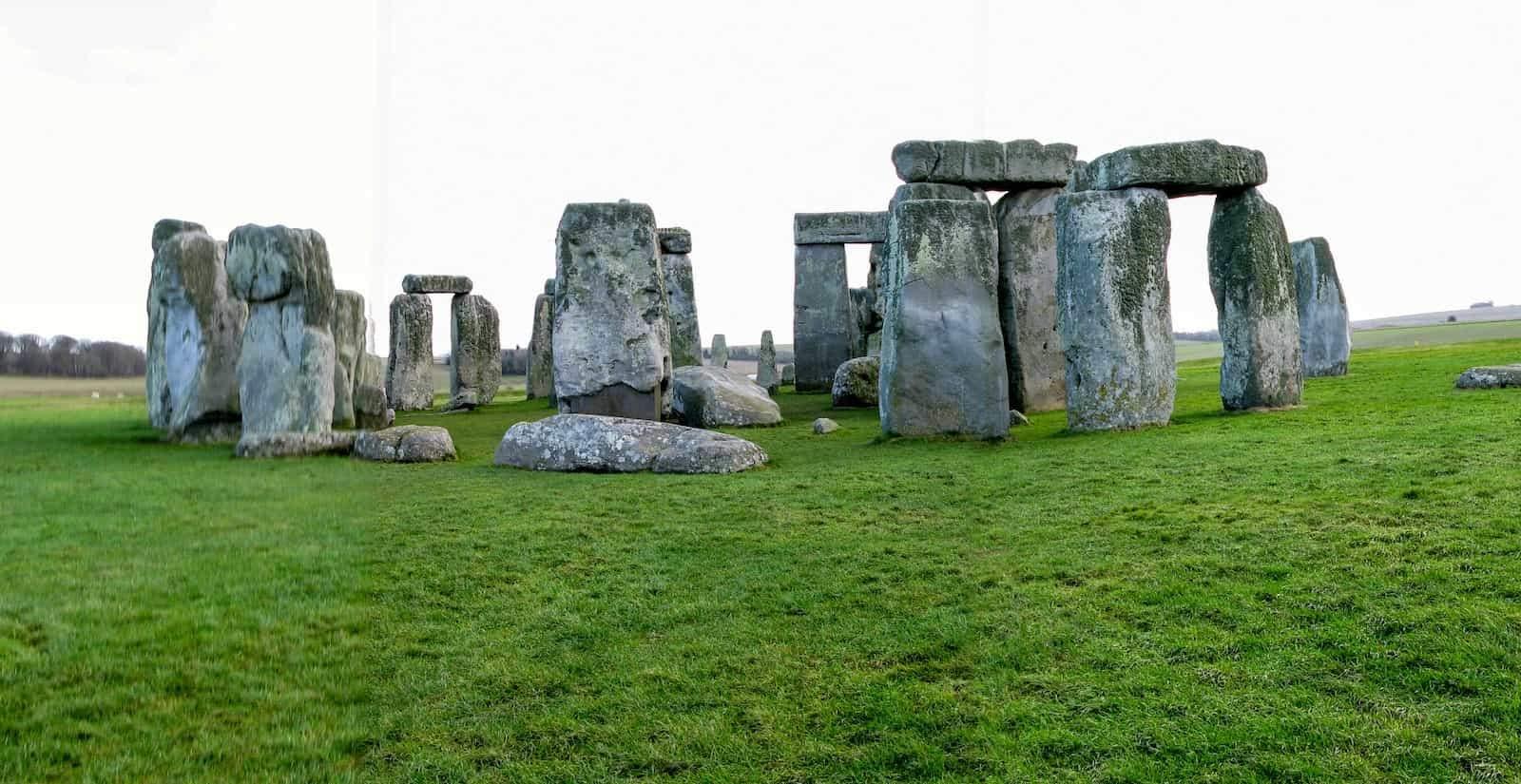 #897 Mito o realidad de Stonehenge | luisbermejo.com | podcast