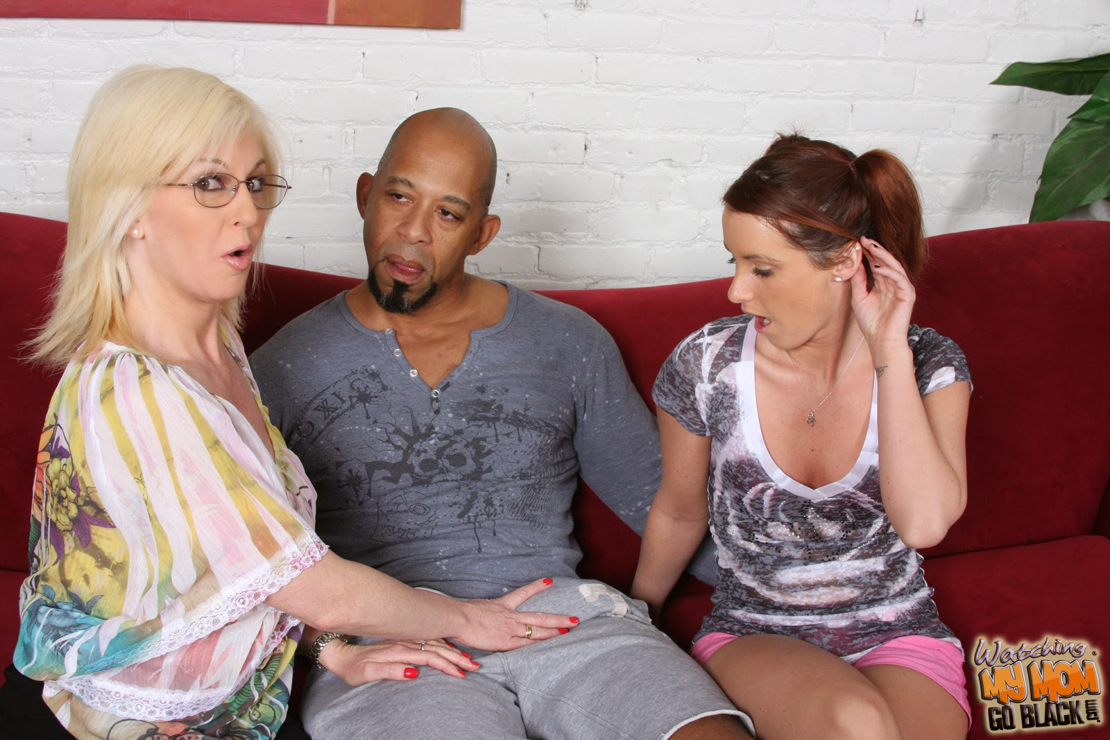 Showing Cock Stories 32