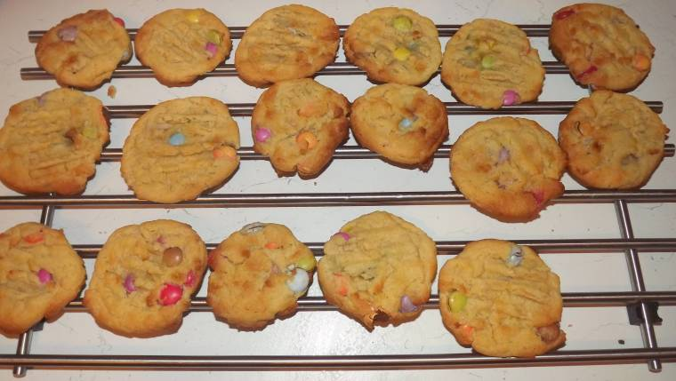 Warm Smarties Cookies Creative Thursday #Week5