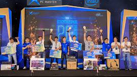 Cùng nhìn lại những hình ảnh vô cùng sôi động từ Lễ hội trình diễn máy tính lớn nhất Việt...