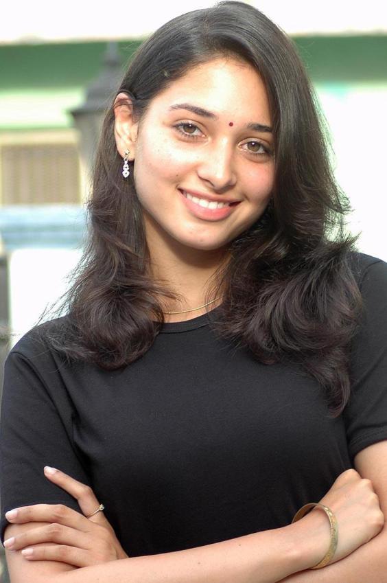 Tamanna Without Makeup: Tamanna-the-actress: Tamanna Close Up 5