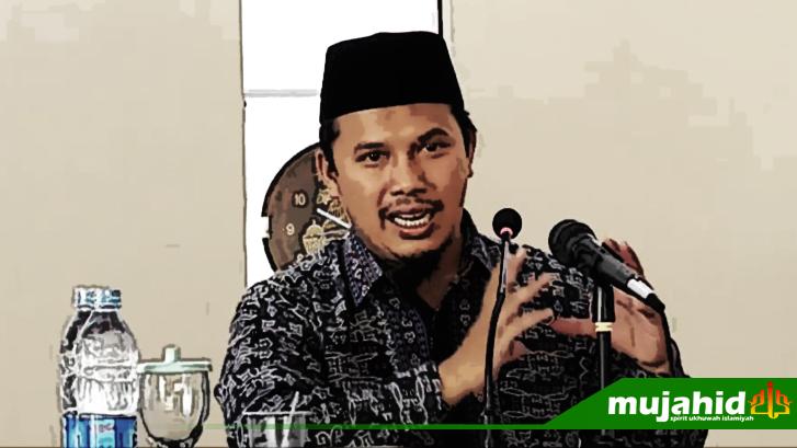 Dr. Tiar Anwar Bachtiar