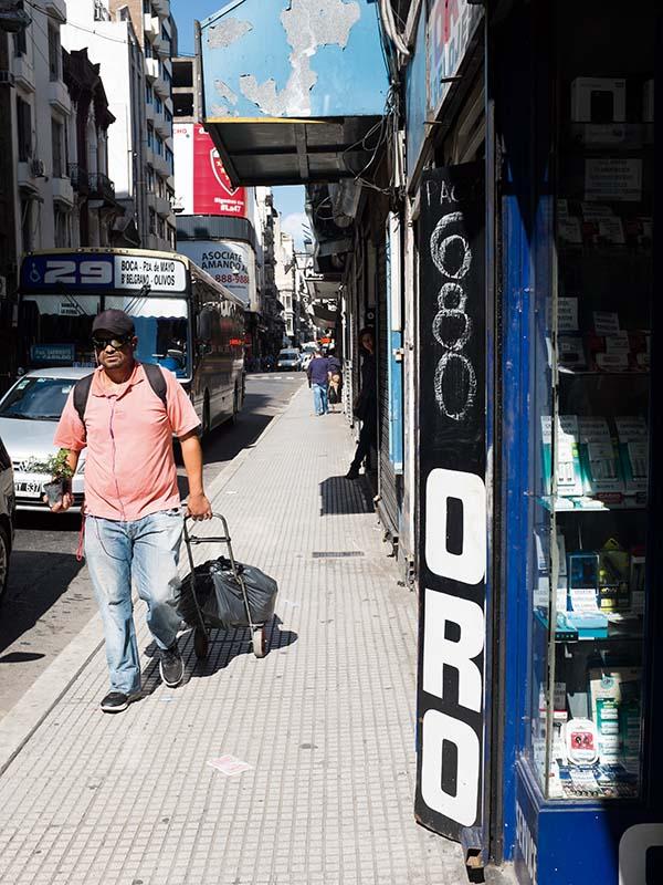 la calle Libertad al 800 en Ciudad Autónoma de Buenos Aires