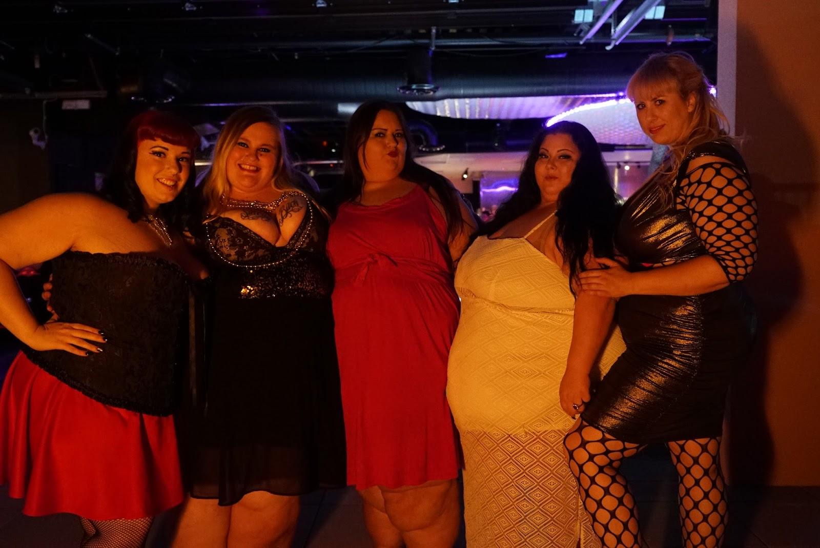 Bbw stripper party — photo 4