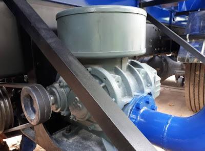 Cung cấp máy thổi cám gắn trên xe bồn