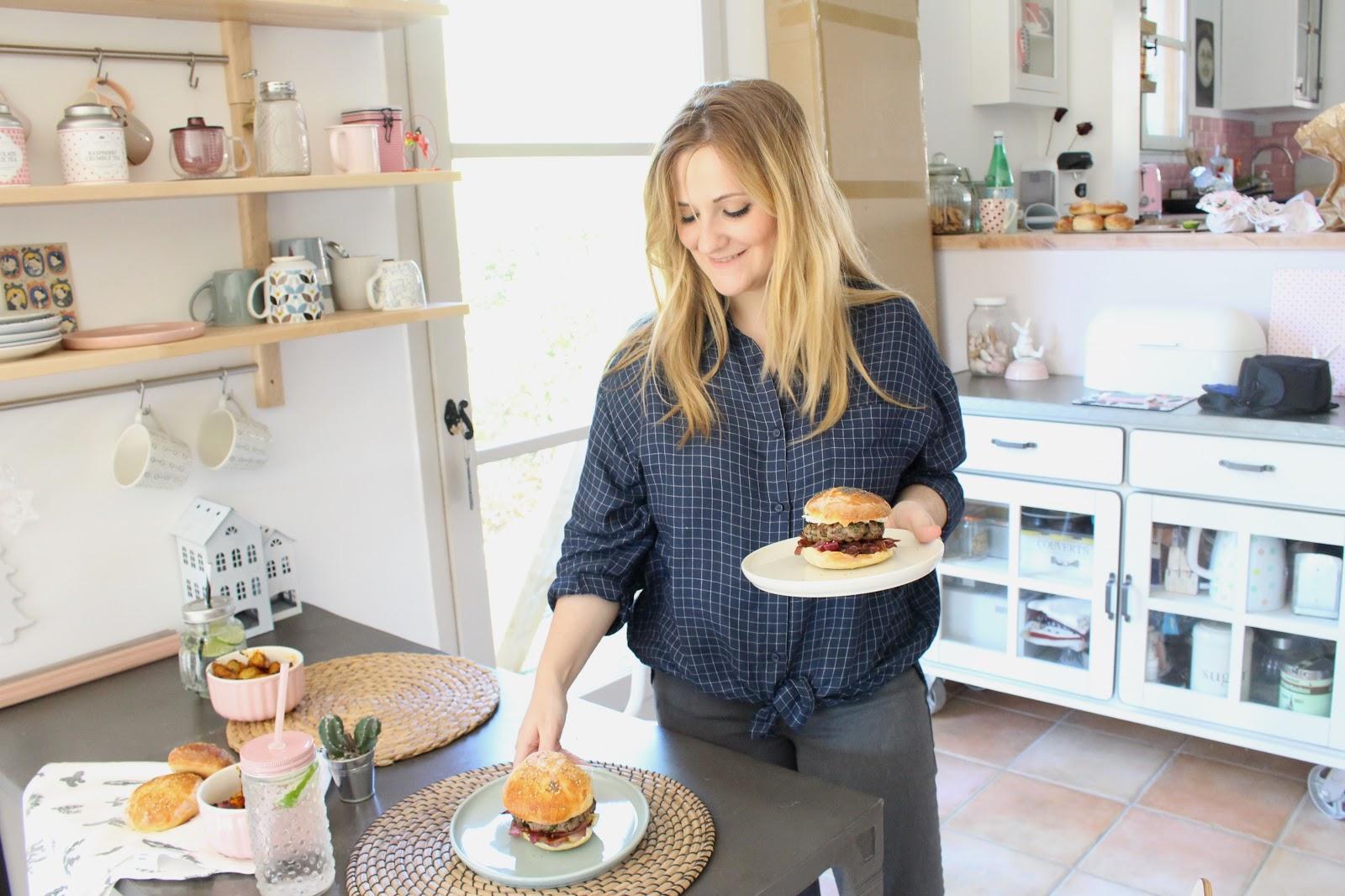 burger de blogueuse avec days of camille madeleine bicyclette. Black Bedroom Furniture Sets. Home Design Ideas