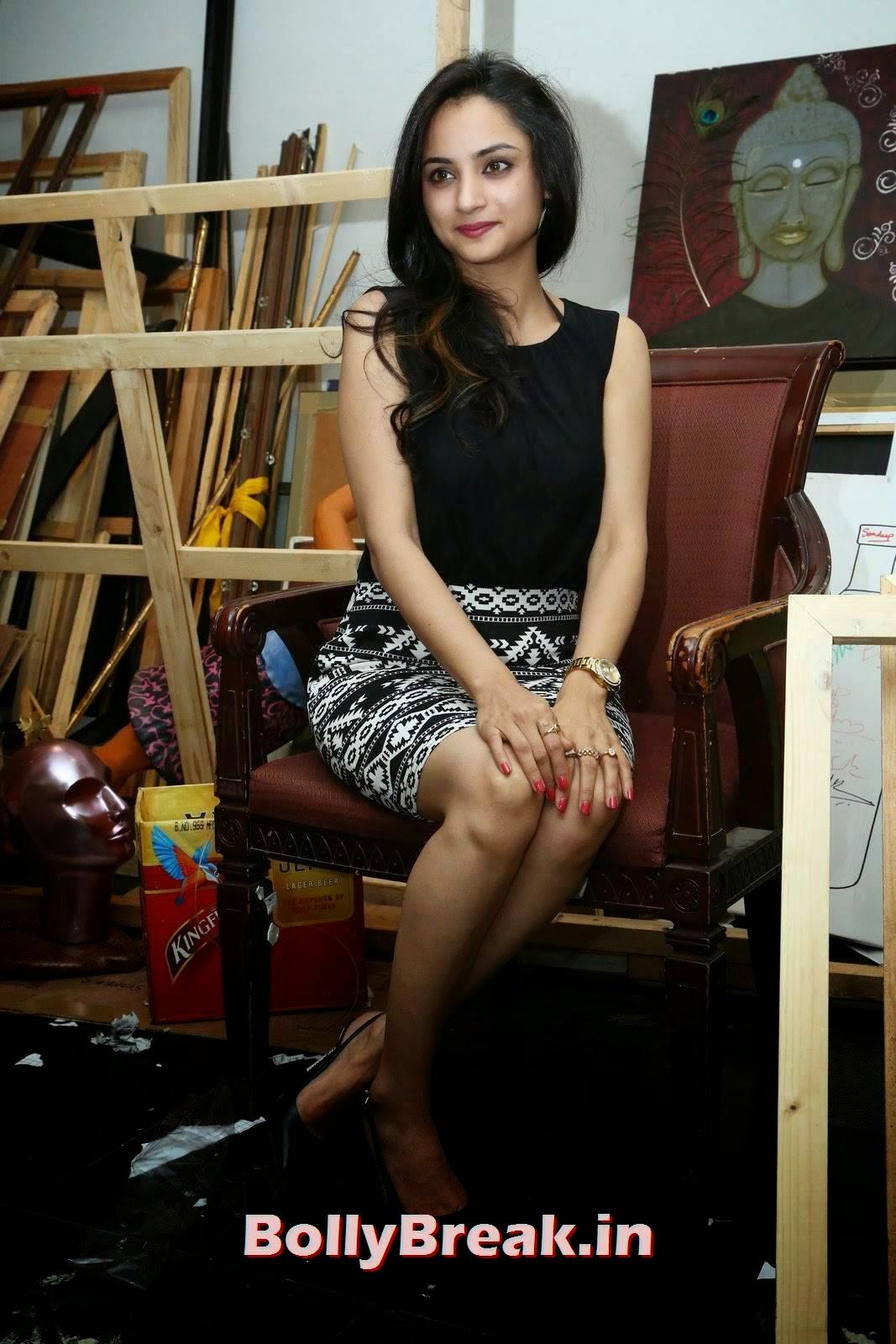 Actress Madirakshi Latest Stills, Actress Madirakshi Hot Pics in Skirt & Black Top
