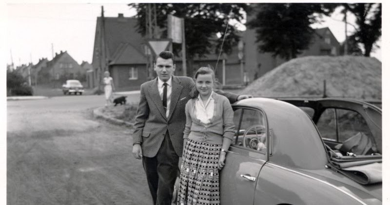 42 Intimate Photos of Young Couples in the 1950s