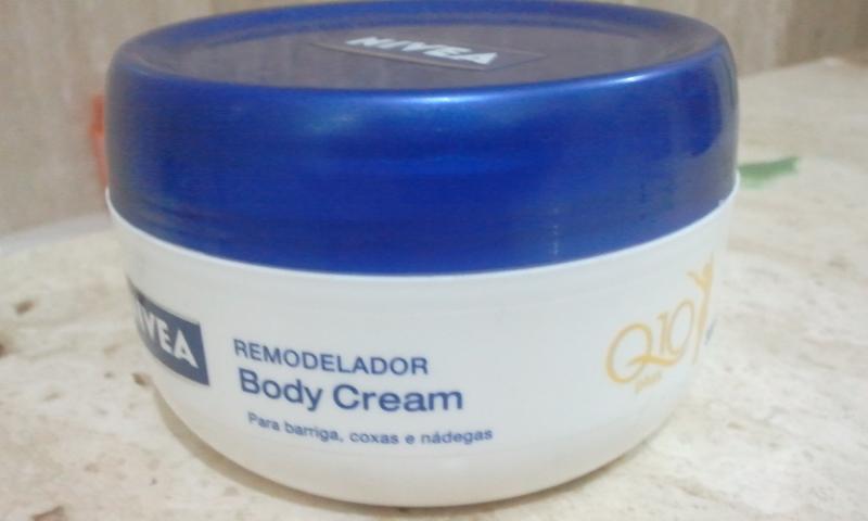 Descubre La Crema Reafirmante De Senos Firmeza Tersura E Hidratación