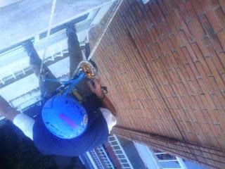 foto reparar fachada ladrillo por trabajos verticales