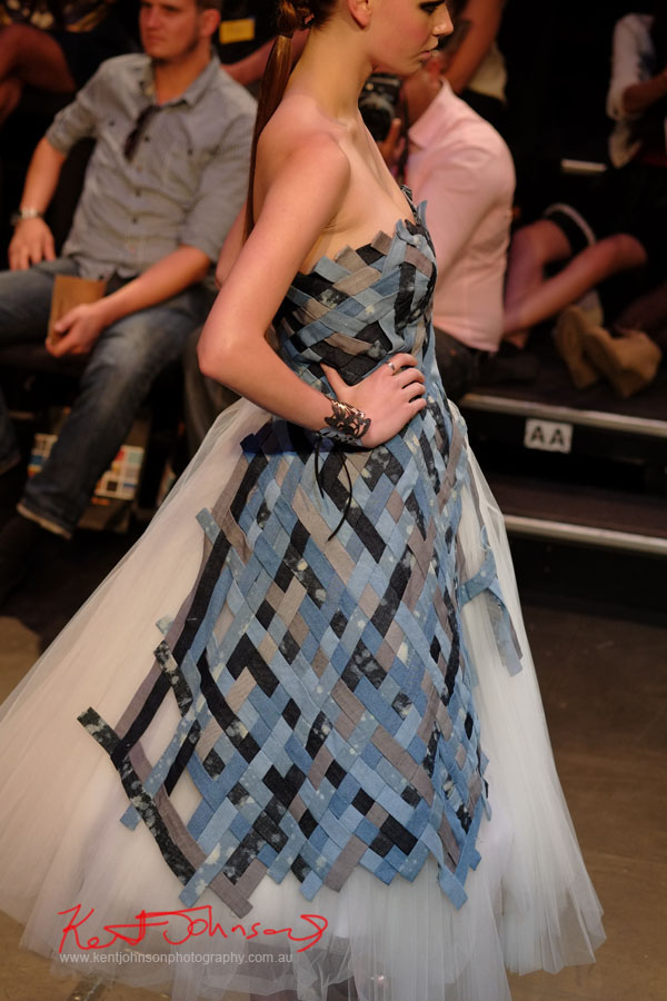 Yen Nhu Ngo - Weave, Raffles College 2012 Graduate Fashion Show Carriageworks, Everleigh Sydney