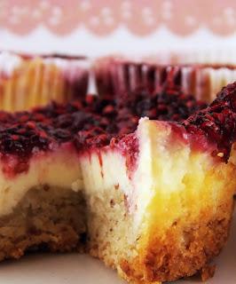 Anschnitt des Linzer Cheesecakes