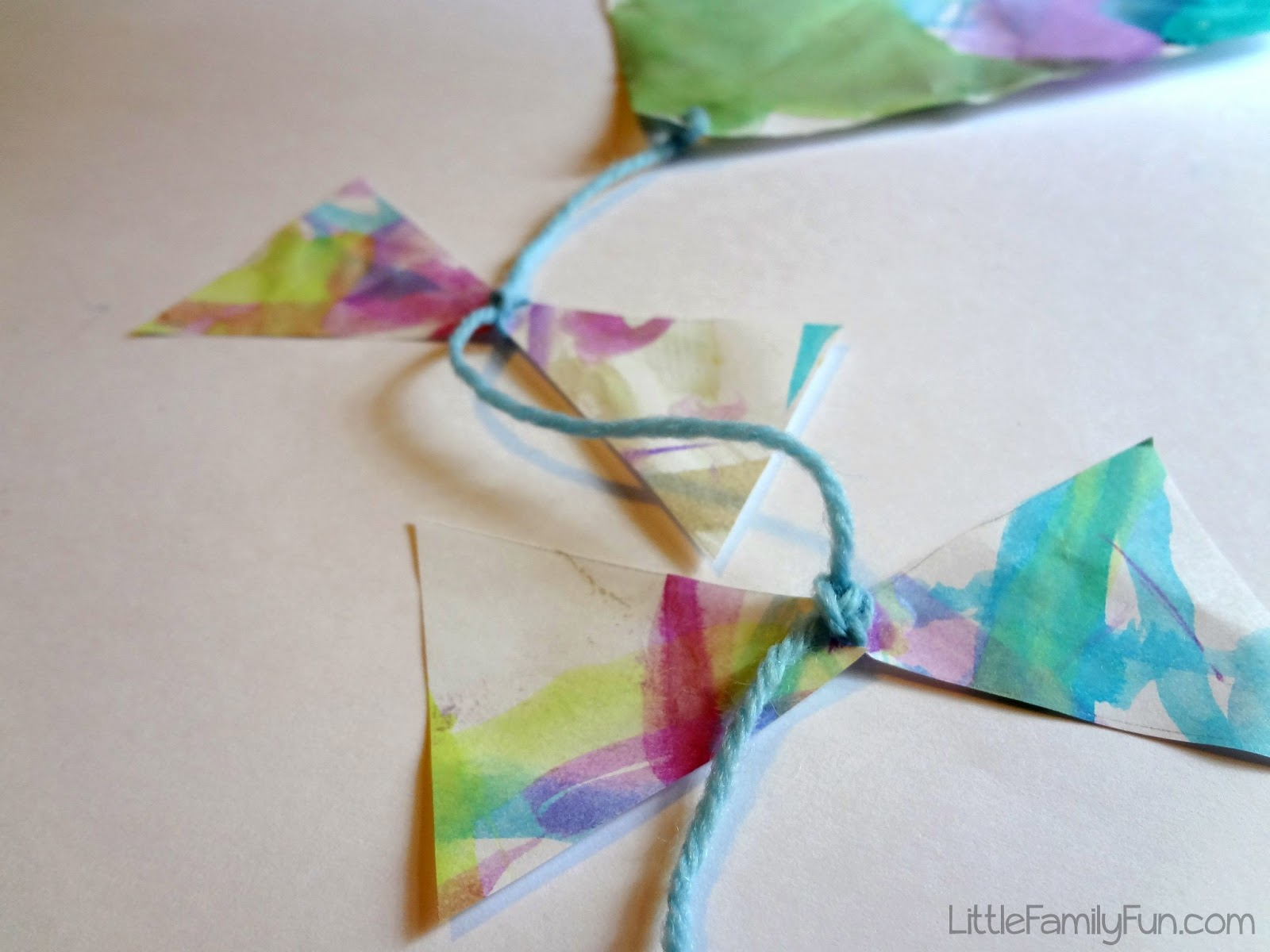 Easy Kite Craft For Kids