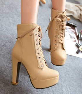 Jenis Sepatu Boots Wanita Simple Murah Tapi Mewah