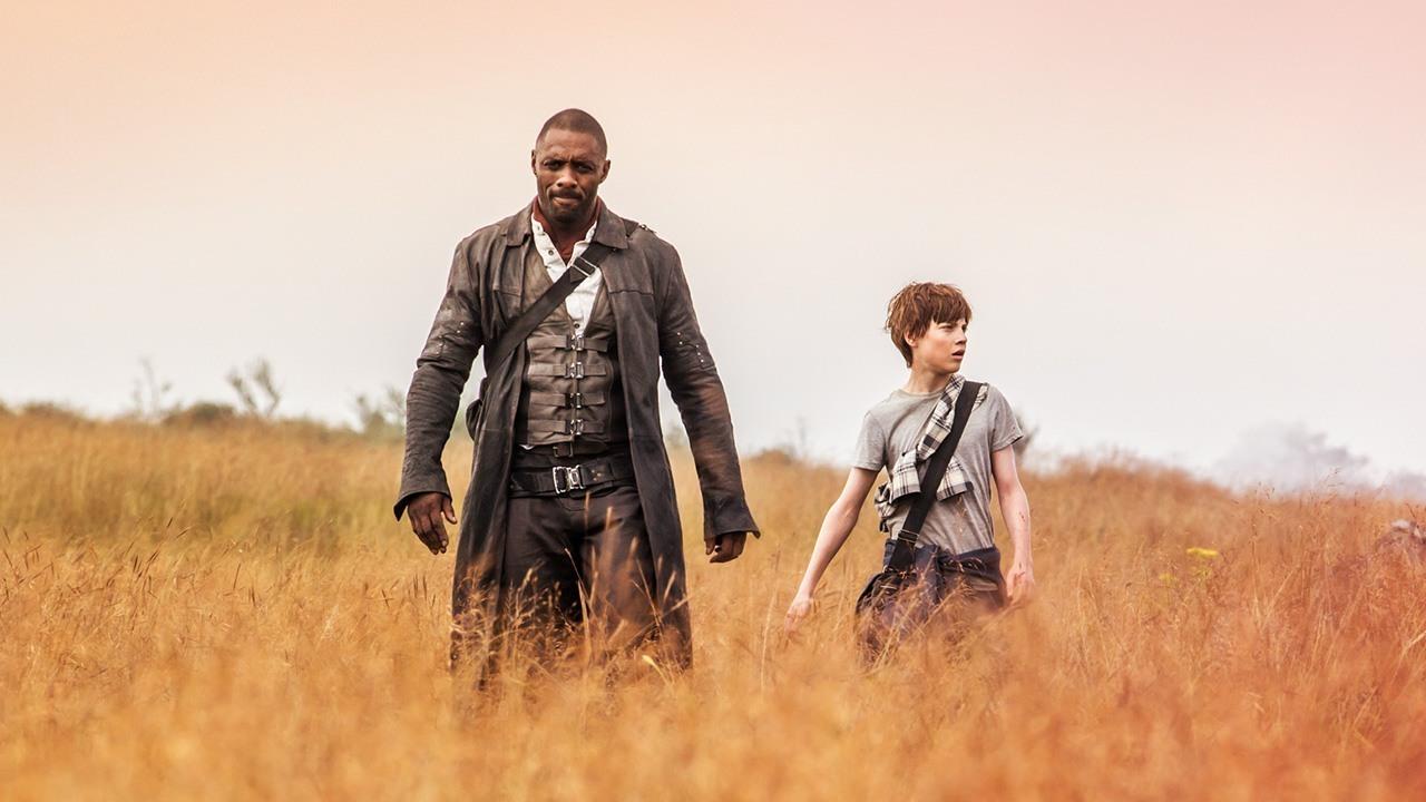 A Torre Negra   Homem de Preto provoca Pistoleiro em novo trailer
