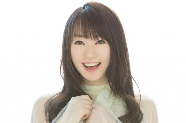 Nana Mizuki berperan sebagai Ibunya Kafuu Chino