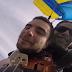 Αυτό το video έγινε viral: Έπαιζε το βιολί του καθώς έπεφτε από το αεροπλάνο