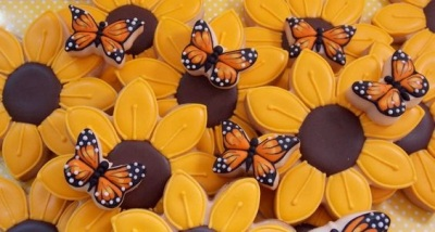 Sunflowers and Little Butterflies Cookies