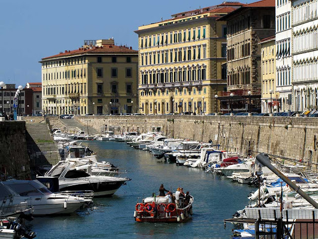 Canals boat tour, Fosso Reale, Livorno