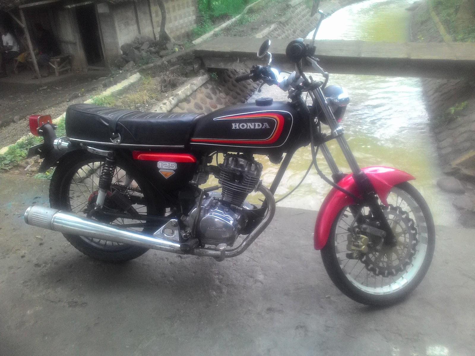 103 Modifikasi Warna Motor Cb 100 Modifikasi Motor Honda CB Terbaru