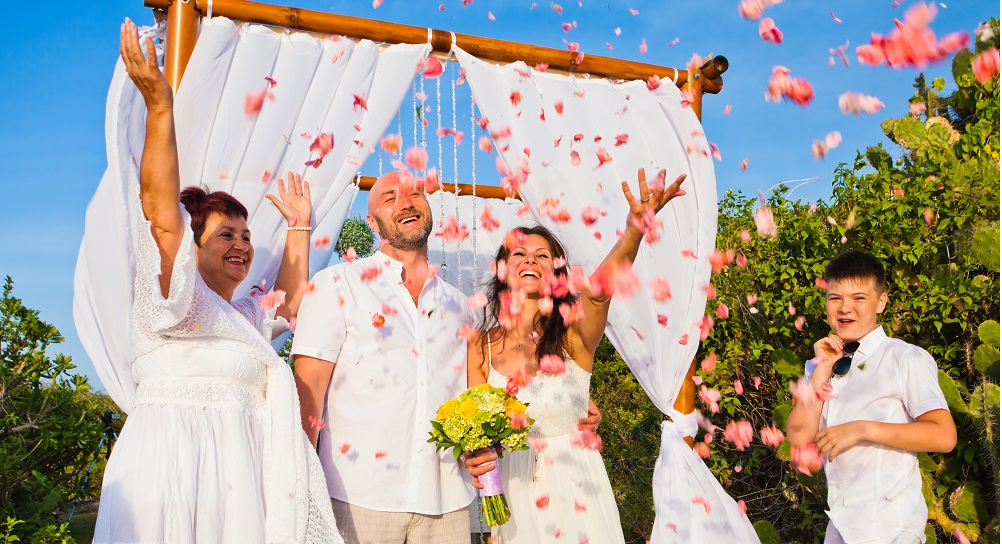 How to Combine Two Cultures on Your Special Day 4