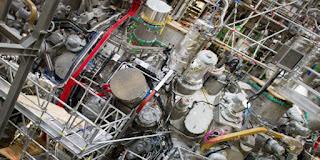 ما الفرق بين الانصهار النووي والانشطار النووي