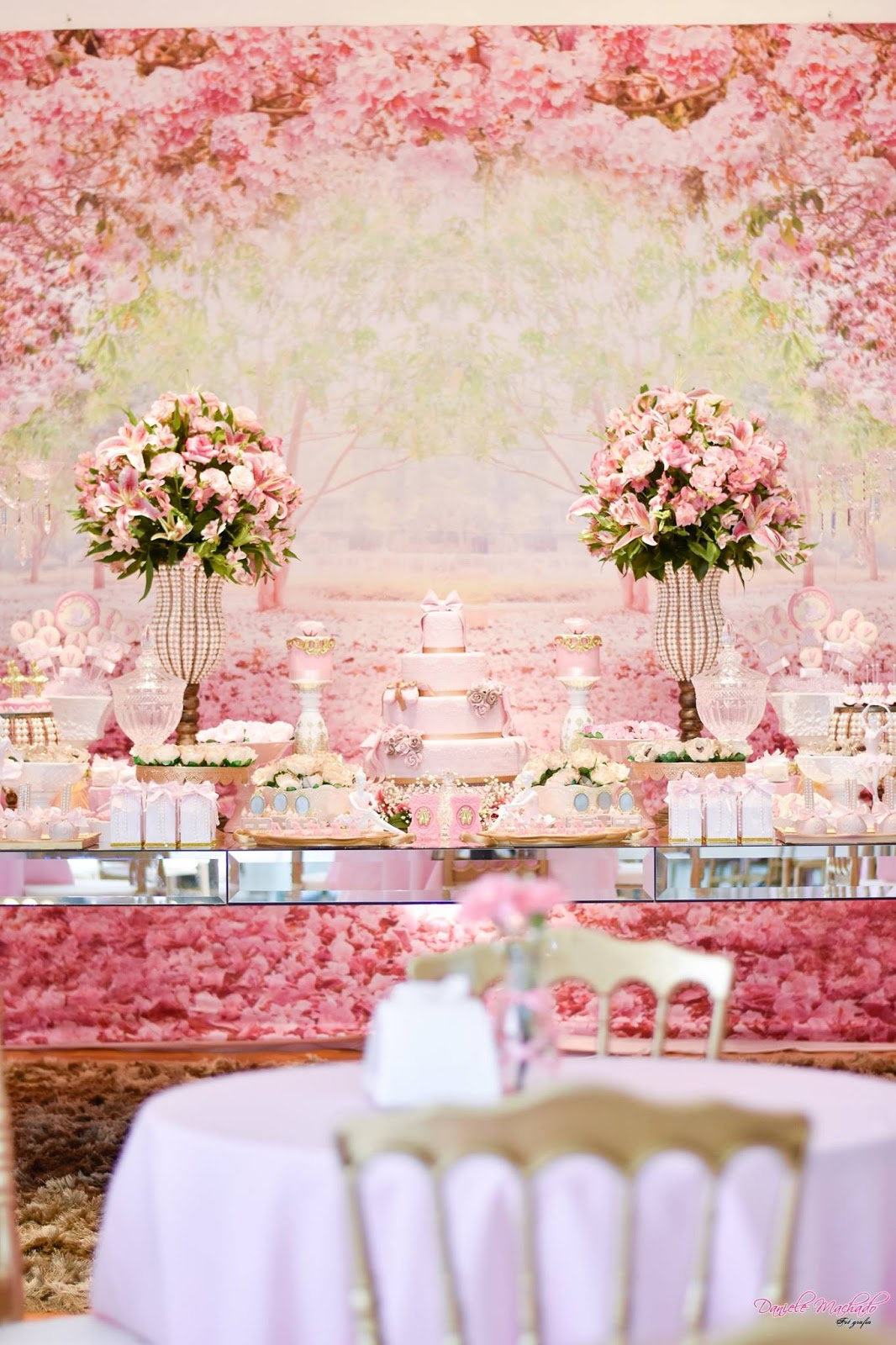 Wedding decorations using crepe paper october 2018 Diana Patricia dianapla on Pinterest