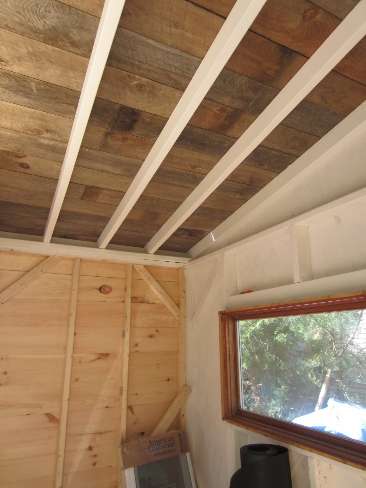 Relaxshacks.com: A recycled barn wood/fence plank ceiling ...