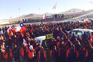 Trabajadores disidentes de Escondida negociarían por su parte con la empresa
