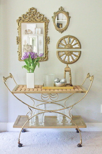 http://www.savvyapron.com/diy-multipurpose-bar-cart/