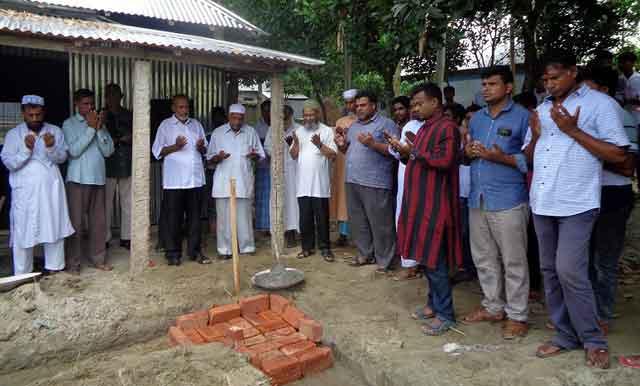 খেওয়ারচর উচ্চ বিদ্যালয়ের কমন রুম ভিত্তিপ্রস্থ শুভ উদ্বোধন
