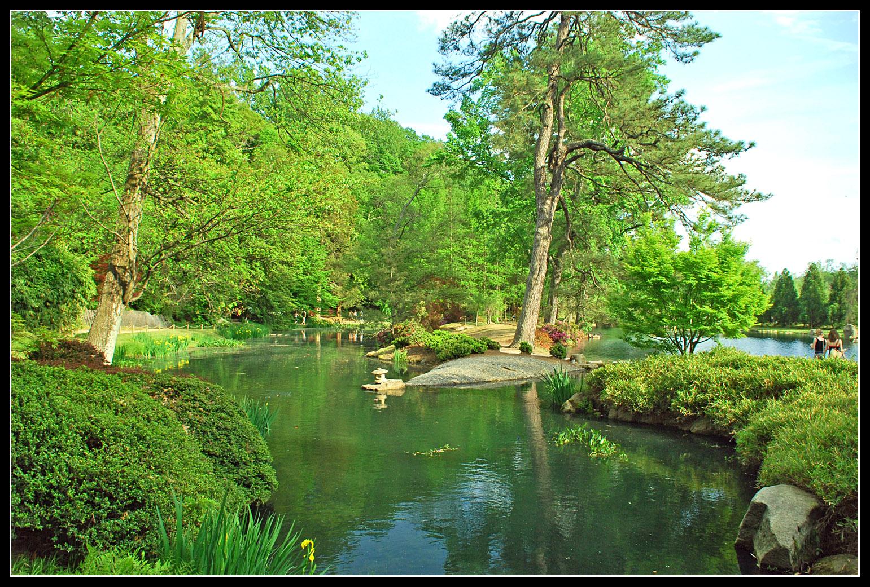 charming zen garden | Japanese Zen Garden: Zen Bridge - Pond - Path