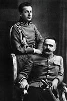 Józef Piłsudski z adiutantem Bolesławem Wieniawą - Długoszowskim