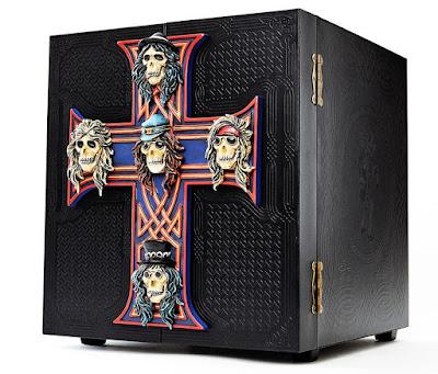 """Resultado de imagem para Guns N' Roses revela conteúdo de mega box de """"Appetite for Destruction"""""""