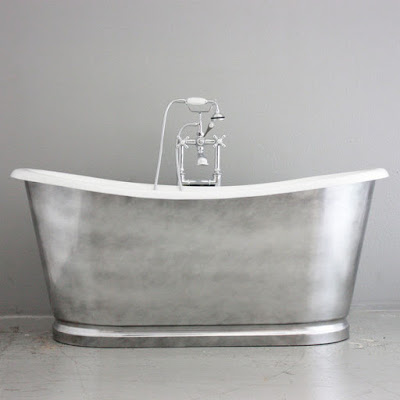 'The Whitby' 68-inch Cast Iron French Bateau Bathtub