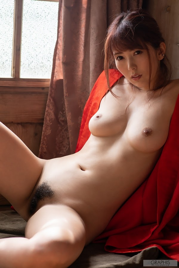 [Graphis] Yui Hatano - Voluptuous Woman