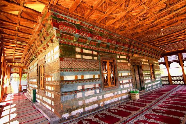 Chaqchan Mosque