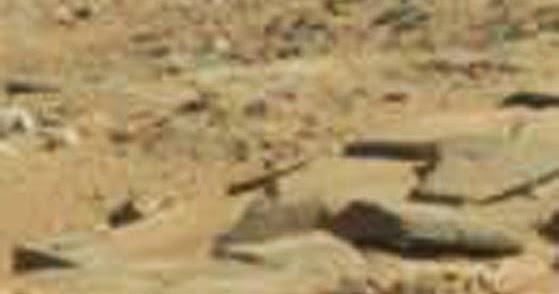 mars anomalies ufo sightings and more crucifix found in mars rover photo. Black Bedroom Furniture Sets. Home Design Ideas