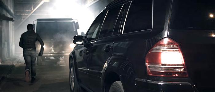 Skrillex - BangarangのPVに登場する車は、メルセデスベンツ・GLクラス